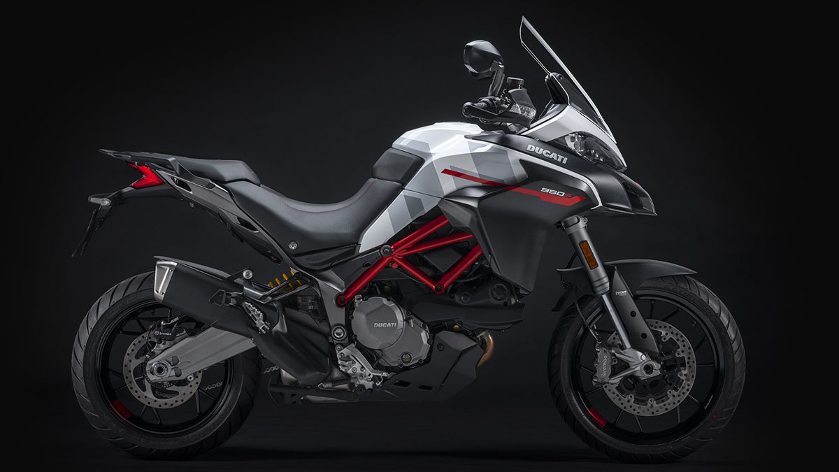 2019 Ducati Multistrada 950 S for sale at Ducati Stoke, Staffordshire, Scotland